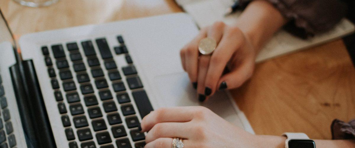 Schreibübung 28 – Schreibinspiration: Die Frau im Bus